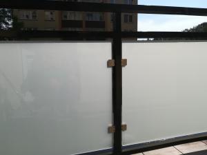 Panelákové balkónové zábradlí